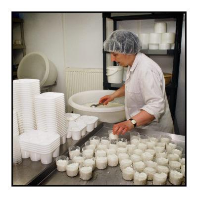 magasin de producteur-gilly sur isère-albertville- terroir-vente directe-savoie- fabrication du fromage