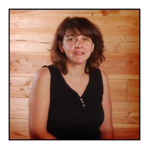 productrice de noix de notre magasin de producteurs à Gilly sur Isère / Albertville